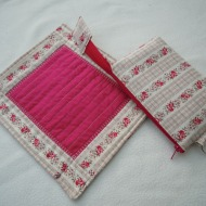 Travel jewellery purse and tray. Look how flat these are when you travel!